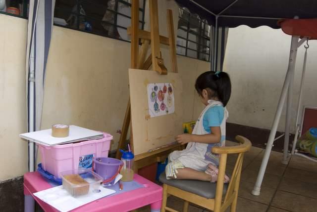 Enanix pintando.
