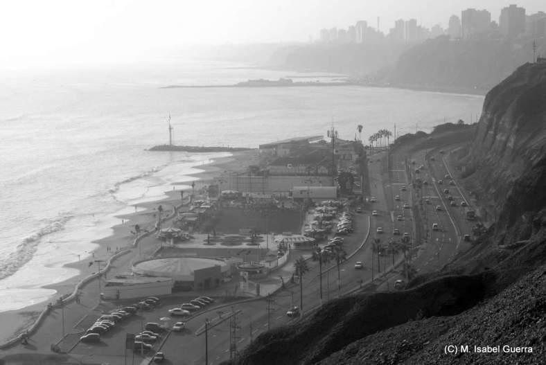 Lima, Costa Verde. Vista desde Barranco.