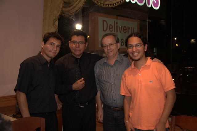 Antonio Araujo Borjas.( Director del Coro Juvenil del Perù.), Wilfredo Tarazona, Parcival Módolo (director invitado desde Brasil), y Carlos Ramirez Nuñez ( Director asistente de las orquestas juveniles)